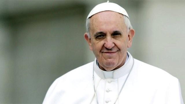 Papa, tacizci papazı kollamış