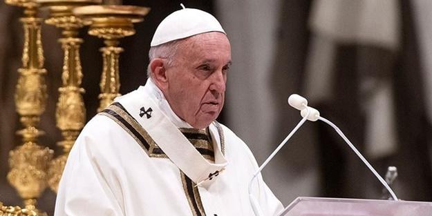 Papa'ya zor soru: Bunun için de acı çekiyor mu?