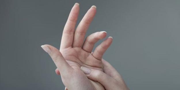 Parmağınıza bu şekilde 60 saniye bastırın bakın ne oluyor?