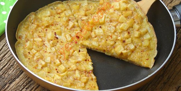 Patatesli omlet nasıl yapılır? Lezzetli patatesli yumurta tarifi ve malzemeleri (Yumpat nasıl yapılır?)