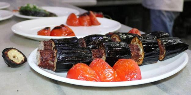 Patlıcan kebabı nasıl yapılır? Fırında patlıcan kebabı tarifi ve malzemeleri