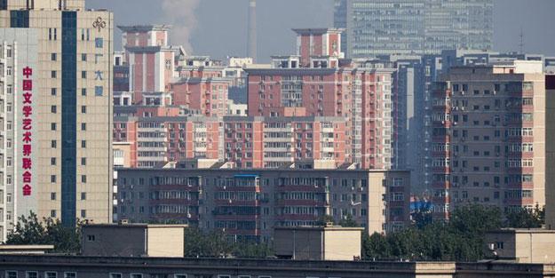 Pekin çöktükçe çöküyor
