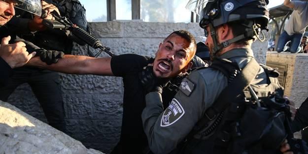 Peygamberimiz'e (SAV) hakarete karşı çıktılar! Terörist İsrail polisi Filistinlilere müdahale etti
