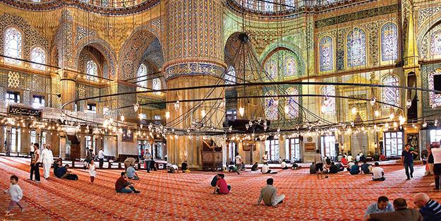 'Peygamberimizi kabul edin bütün camiler sizin olsun'