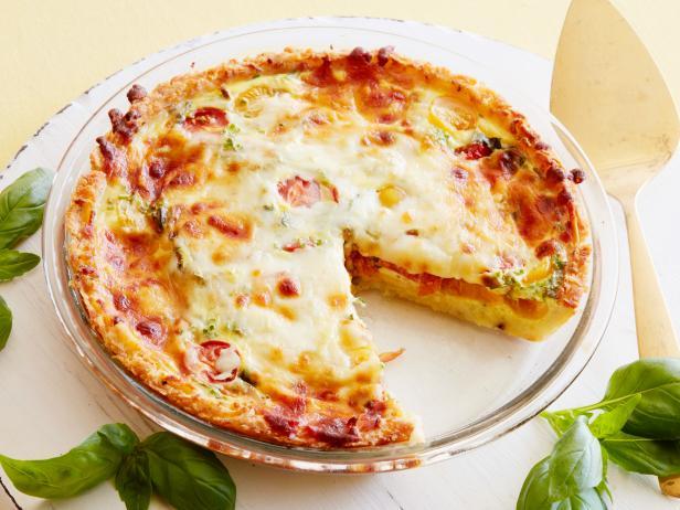 Pizza tadında hamursuz nefis kiş tarifi