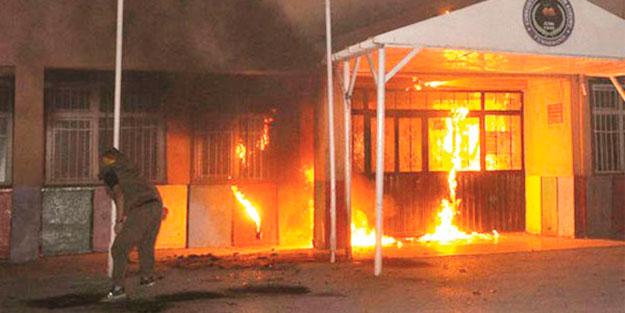 PKK 76 günde 180 evi ateşe verdi