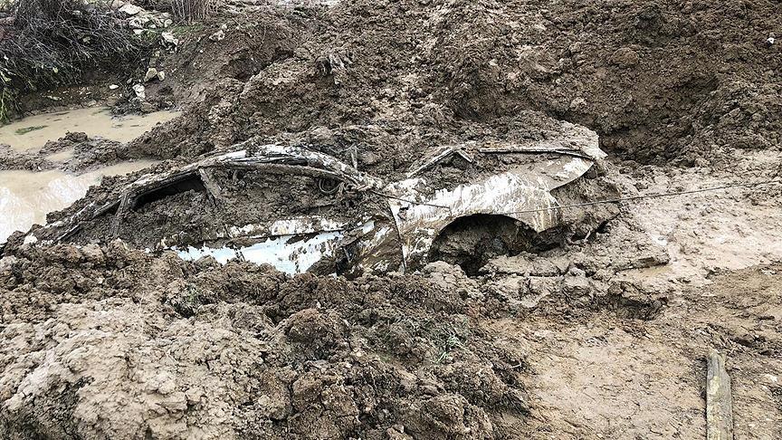 PKK'lı teröristlerin İstanbul'dan çaldığı araç Lice'de gömülü bulundu