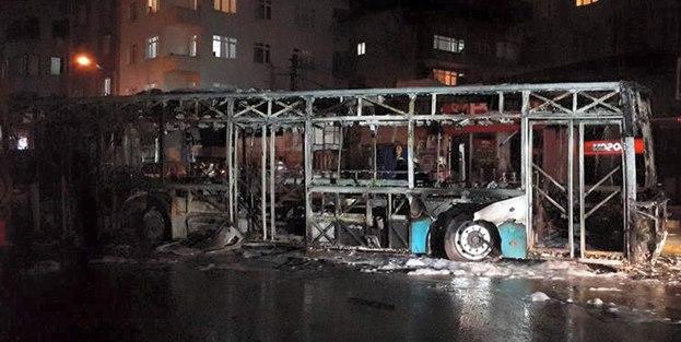 PKK'nın yaktığı otobüs bakın kimin çıktı!