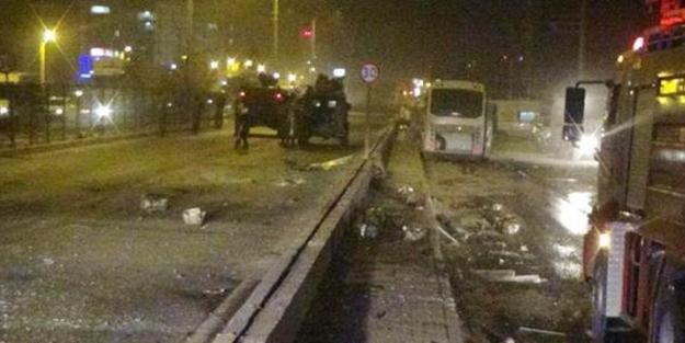 Polis aracına bombalı saldırdı: Çok sayıda yaralı var