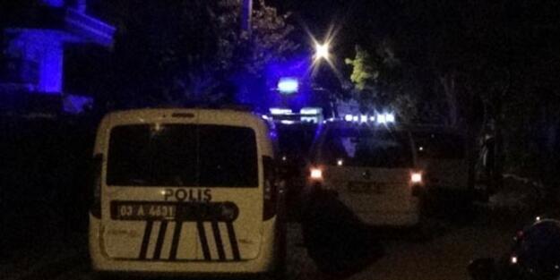 Polis memurları düğünde saldırıya uğradı