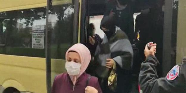 Polisi sonunda çıldırttılar! Sultangazi'de bir minibüste 16'dan fazla yolcu çıktı