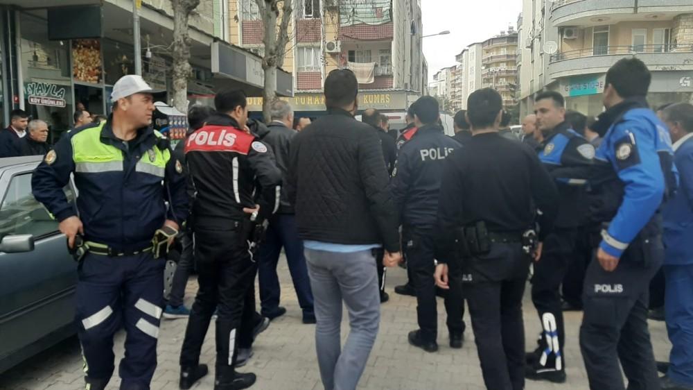 Polisten sokak kavgasına biber gazlı müdahale