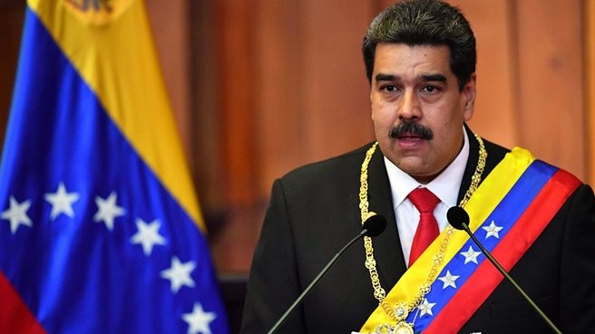 Pompeo: Maduro ülkeyi terk etmek istedi