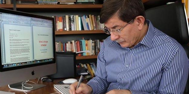 Prof. Dr. Ahmet Davutoğlu'nun yeni kitabı 'Medeniyet Teorisine Mukaddime' çıkıyor