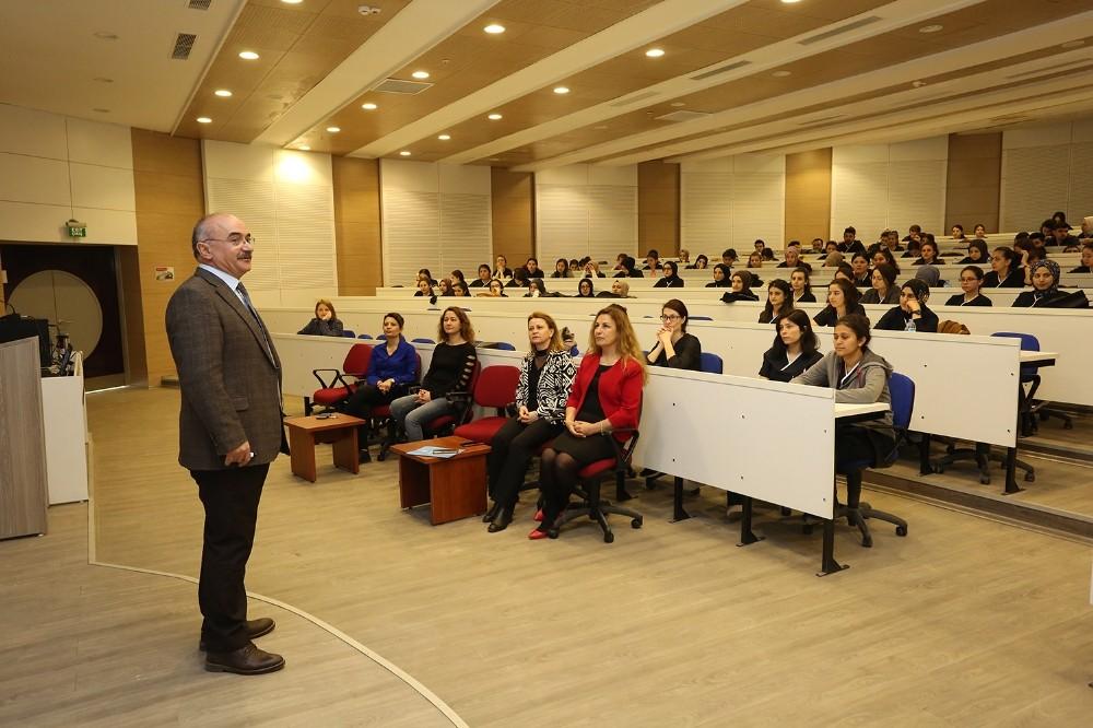 Prof. Dr. Halil Kumsar: