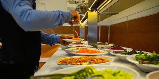 Profesyonel şefler ve garsonlar uyardı! Restoranlarda bu yiyecek ve içecekleri kesinlikle tüketmeyin
