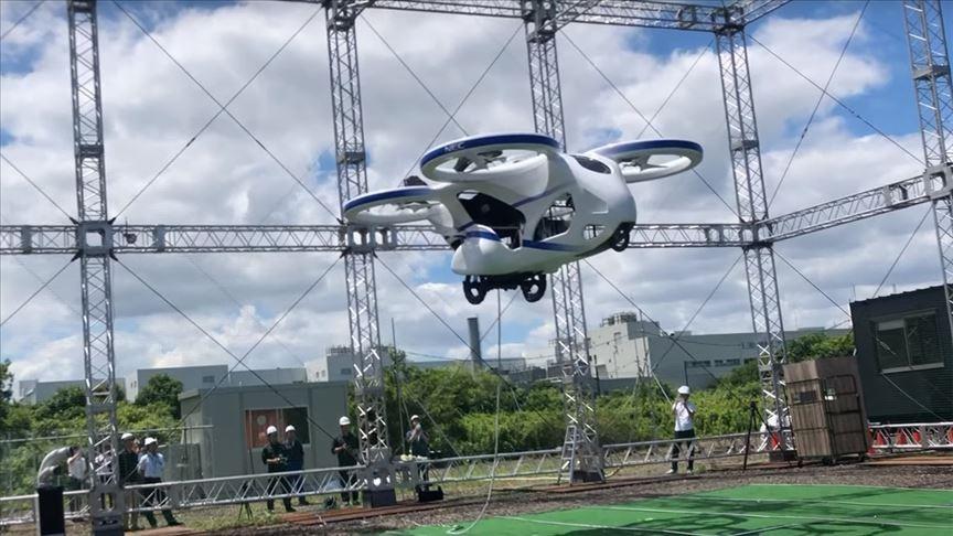 Prototip uçan otomobil deneme uçuşu yaptı
