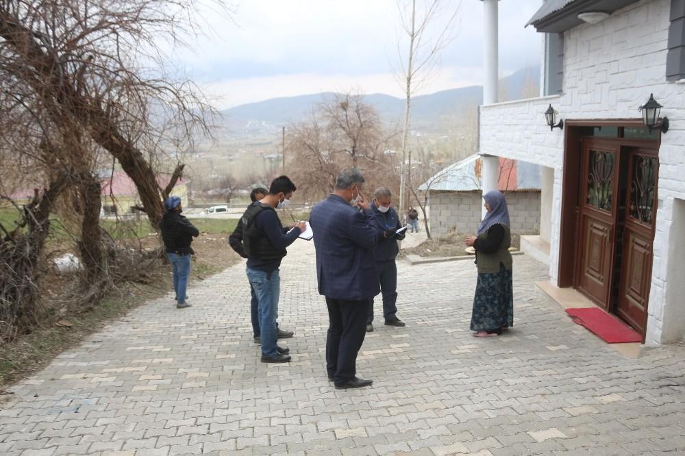 PTT kuyruğundan kurtaran sosyal yardımlar vatandaşın kapısına gidiyor