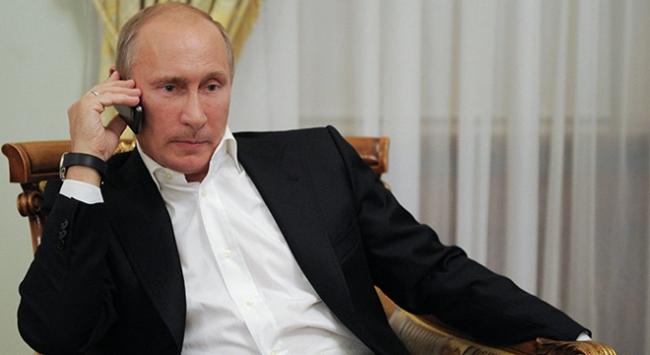 Putin: Füze taşıyan gemilerimiz Akdeniz'de kalacak