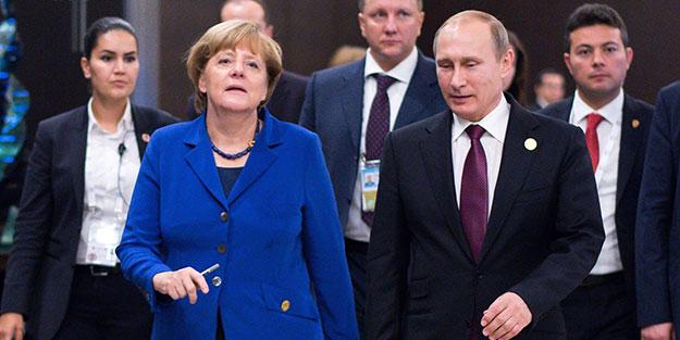 Putin ile Merkel Suriye meselesini görüştü!