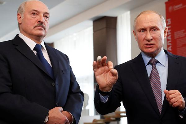 Putin ve Lukaşenko'nun, 'elektrik kesintisi' şakası güldürdü