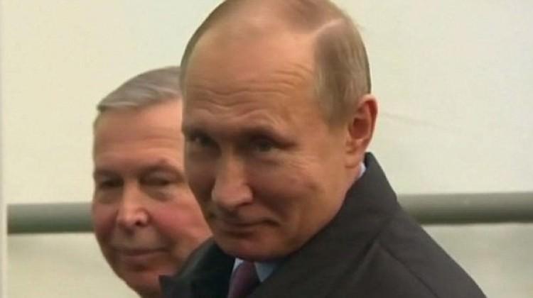 Putin'den İngilizleri kızdıran gülümseme
