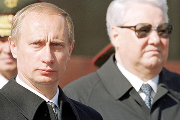 'Putin'i iki defa kovmaya çalıştılar, Yeltsin engelledi'
