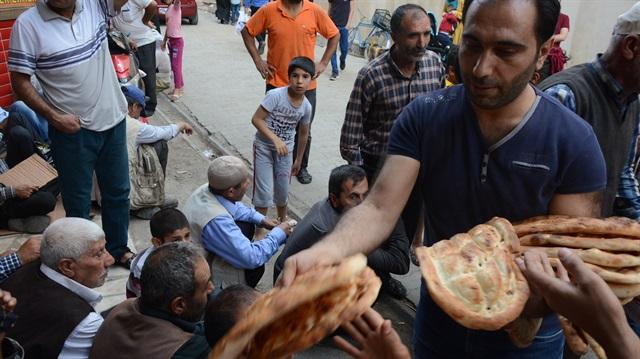 Ramazan ayı boyunca 20 bin ekmek dağıtacak
