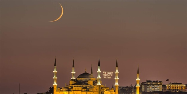 Ramazan huzur ve bereketiyle geldi