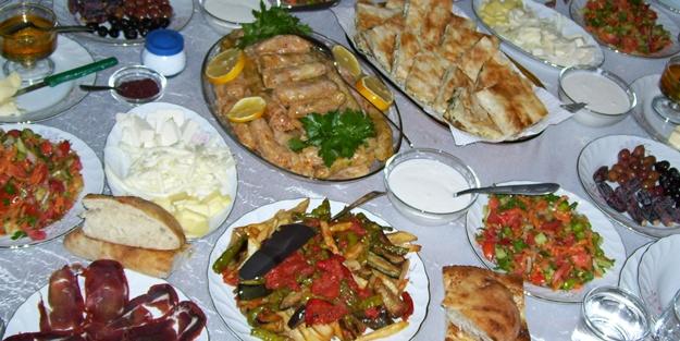 Ramazana uyum sağlarken kilo verebilirsiniz!