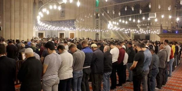 Ramazan'da camide teravih namazları kılınacak mı? Ramazanda camiler açık mı? İlk teravih ne zaman?
