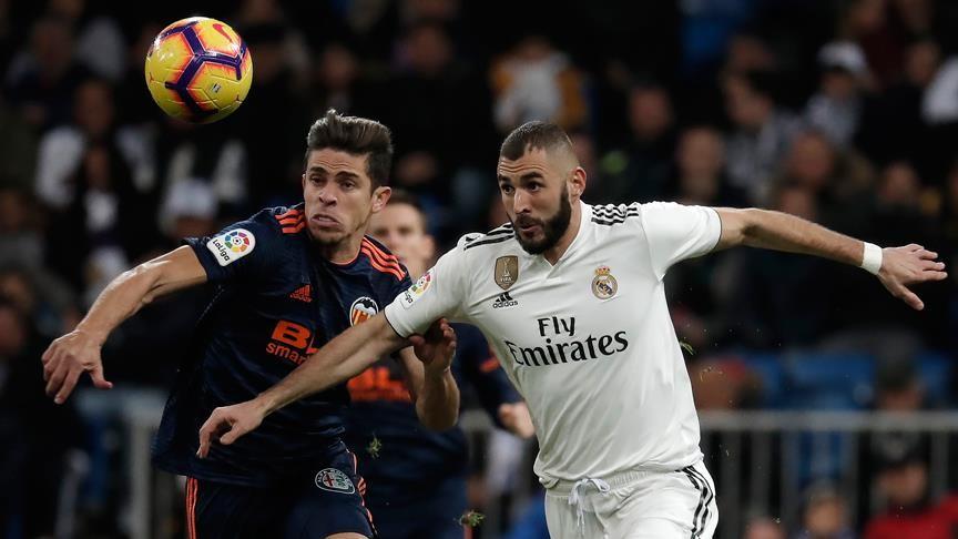Real Madrid Valencia'yı iki farkla yendi