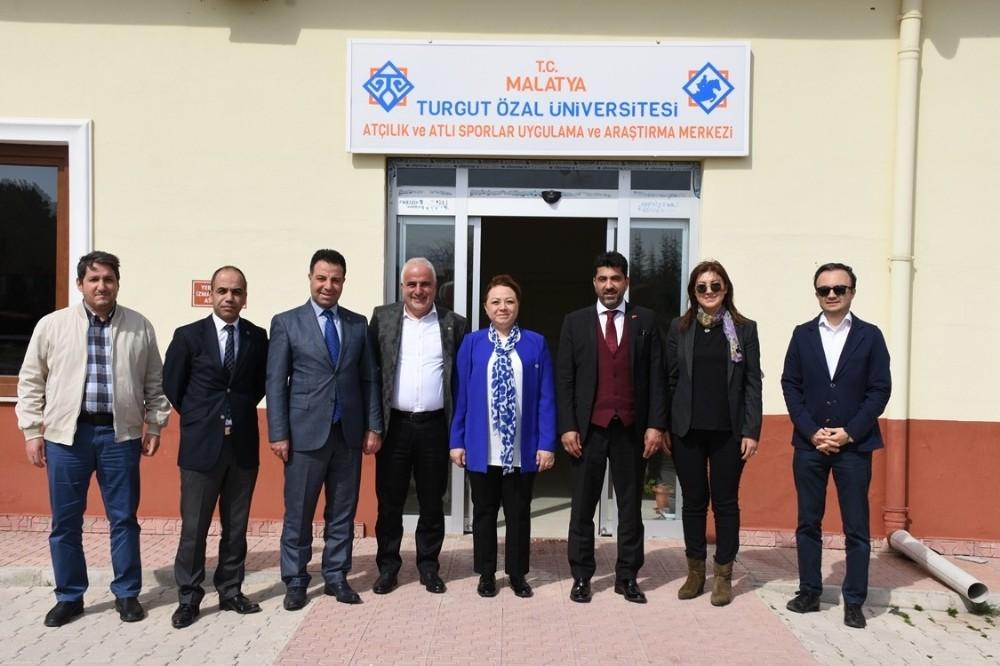 Rektör Aldemir, Türk Veteriner Hekimleri Birliği kutlama programına katıldı