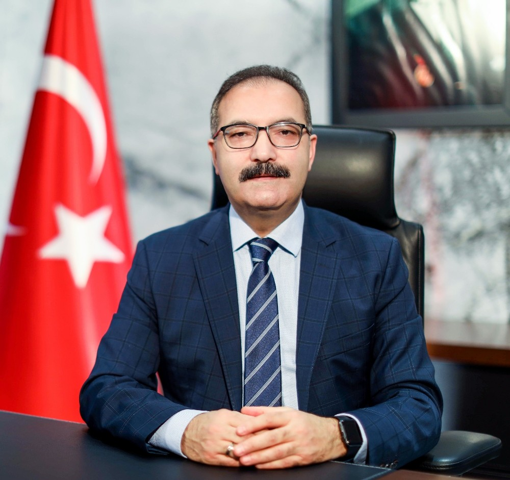 Rektör Gür'den İstiklal Marşı kutlaması