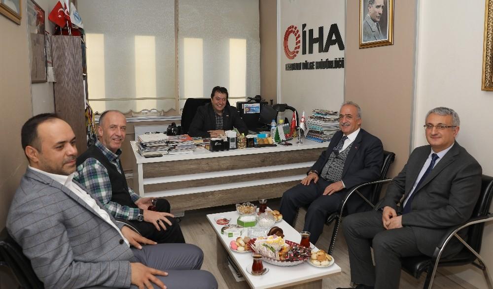 Rektör Prof. Dr. Çomaklı'dan İHA'ya ziyaret