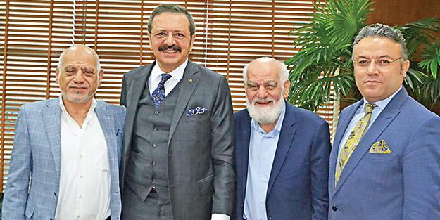 Rifat Hisarcıklıoğlu'ndan Akit'e ziyaret