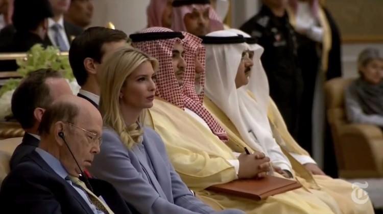 Riyad'ta kimsenin dikkat etmediği o fotoğraf!