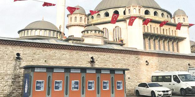 Riyakar Ekrem'in marifeti! Taksim Camii'nin bağrına bankamatik hançeri