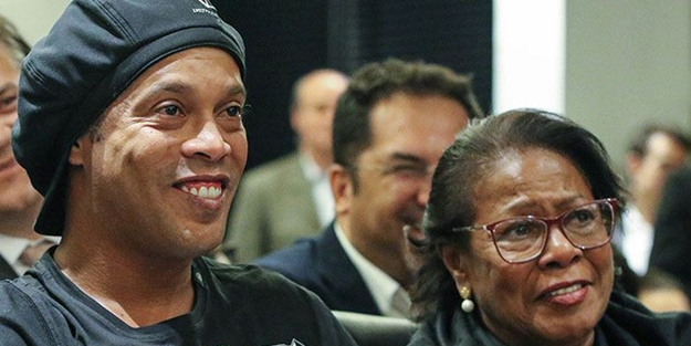 Ronaldinho'nun annesi koronavirüsten öldü
