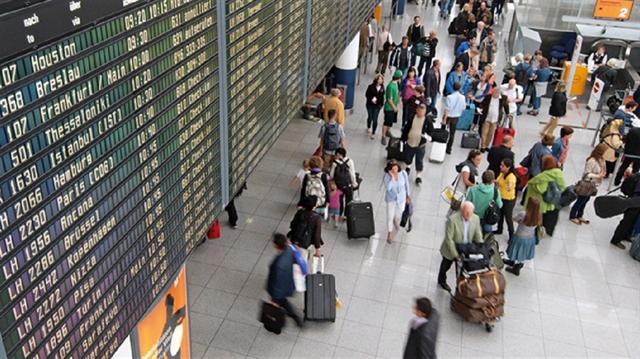 Rus Büyükelçi: Pasaportsuz seyahat mümkün değil