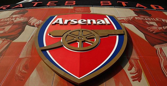Rus iş adamı Alişer Usmanov Arsenal'ı istiyor