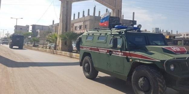 Rus konvoyu Kobani'ye girdi