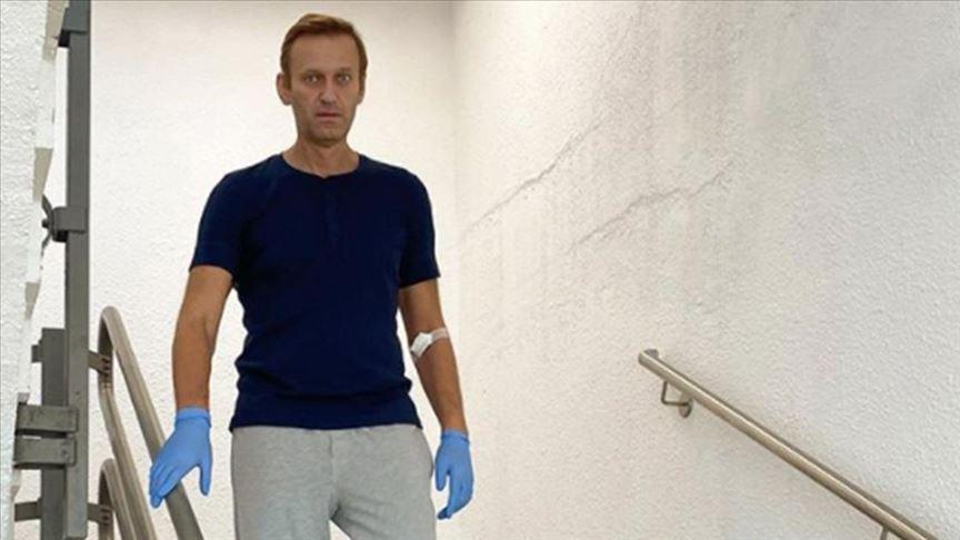 Rus muhalif Navalnıy zehirlenmesinin arkasında Putin'in olduğunu iddia etti