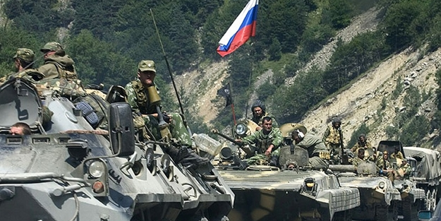Putin emri verdi: Rusya alarma geçti