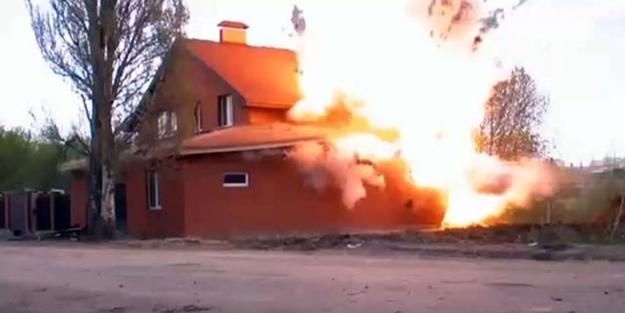 Rus istihbaratı FSB mescidi havaya uçurdu (video)
