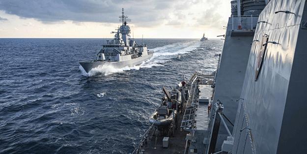 Rusya Savunma Bakanlığı dünya ile paylaştı: Gemiyi biraz önce engelledik