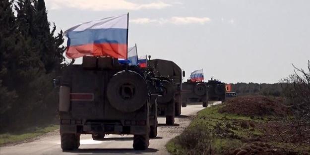 Rusya Suriye'ye onlarca zırhlı araç yolladı!