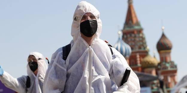 Rusya'da koronavirüs patlaması! En üst seviyeye ulaştı