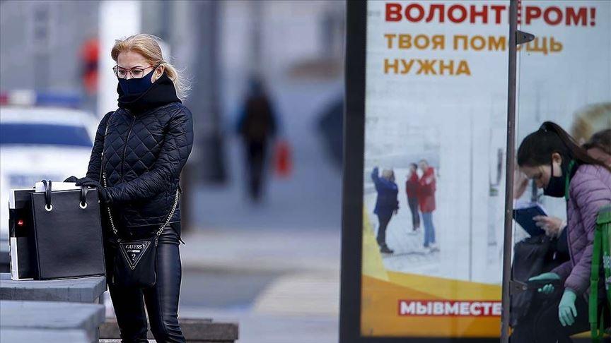 Rusya'da Kovid-19 vaka sayısı 290 bini geçti