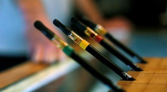 Rusya'da patlayan elektronik sigara can aldı